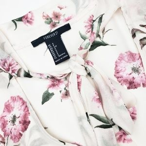 Forever 21 | Pink & Cream Floral Sleeveless Blouse